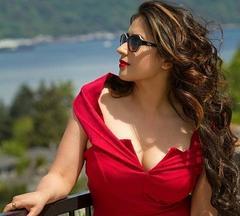 sofiya khan